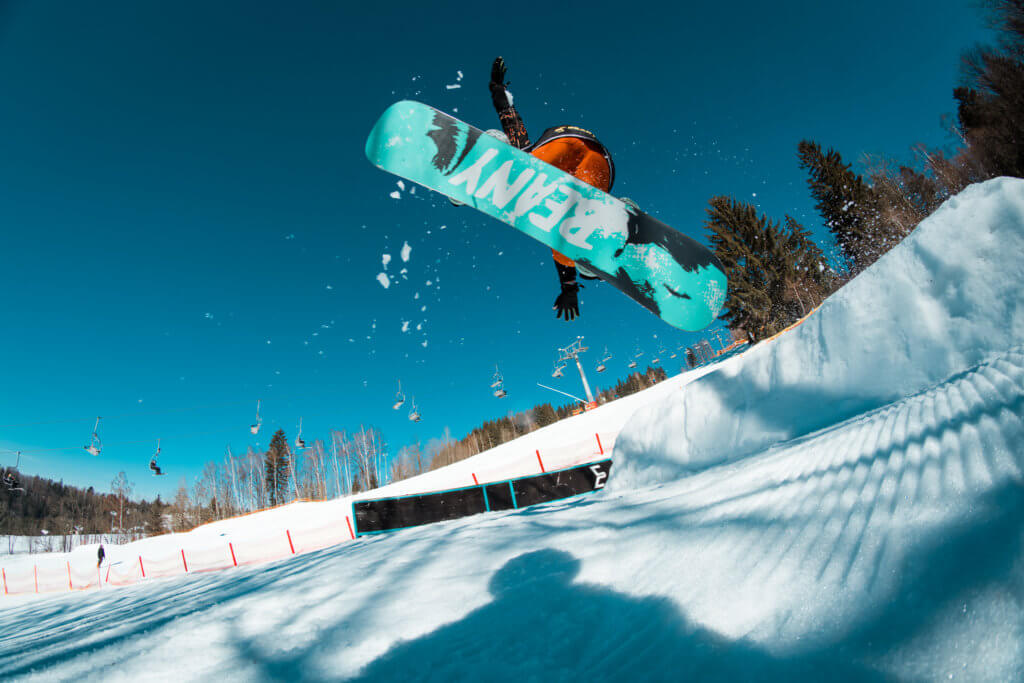 Beany Snowboard skok