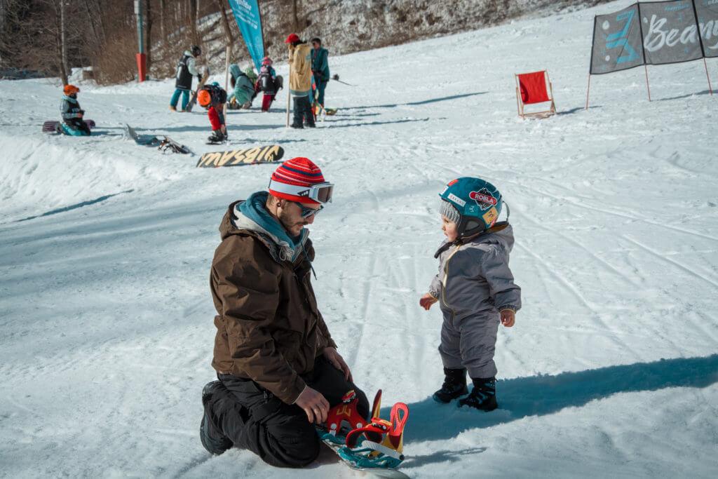 Malý snowboardista