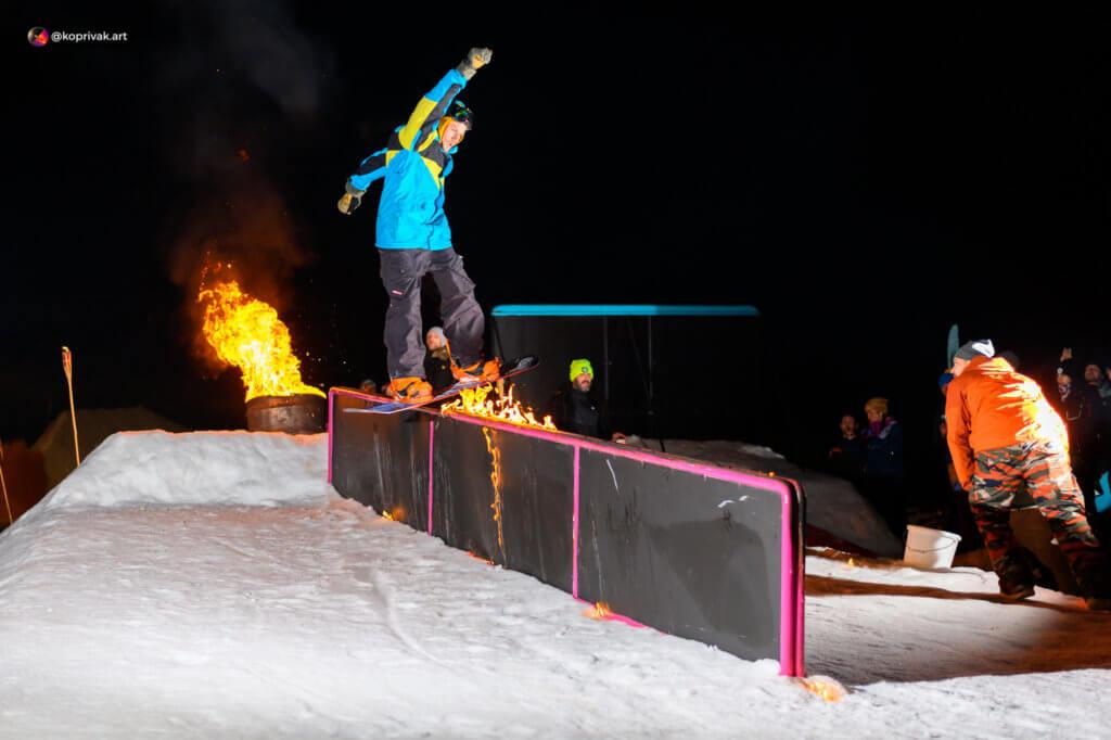 zábradlí boardslide snowboard